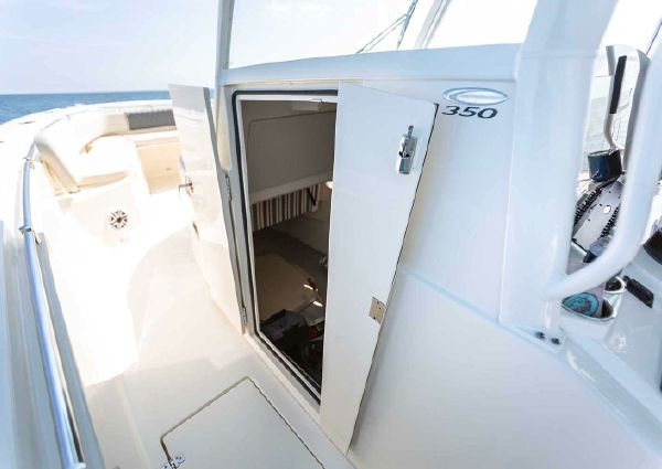 Cobia 350 Center Console image