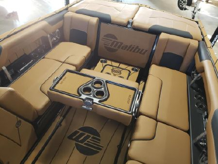 Malibu 25 LSV image