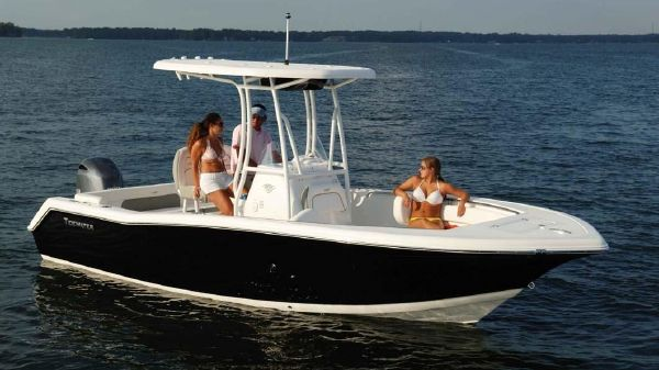 Tidewater 22 center console