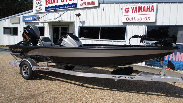 Avid Boats 19 XB