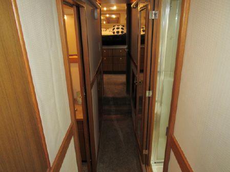 Bayliner 4788 Pilothouse image