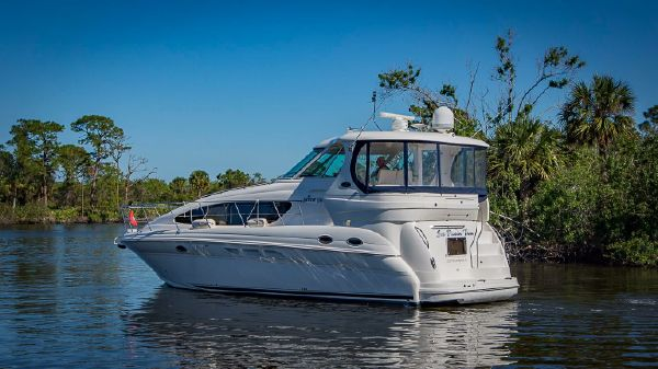 Sea Ray 40 Motor Yacht 40-Sea-Ray-Motor-Yacht