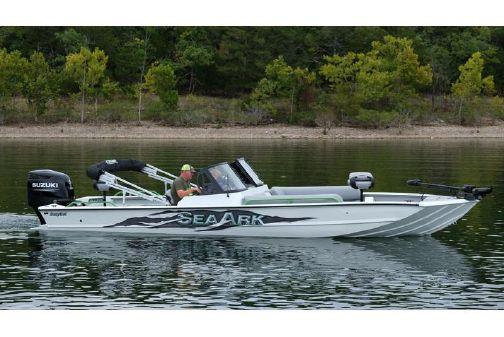 SeaArk Easycat image