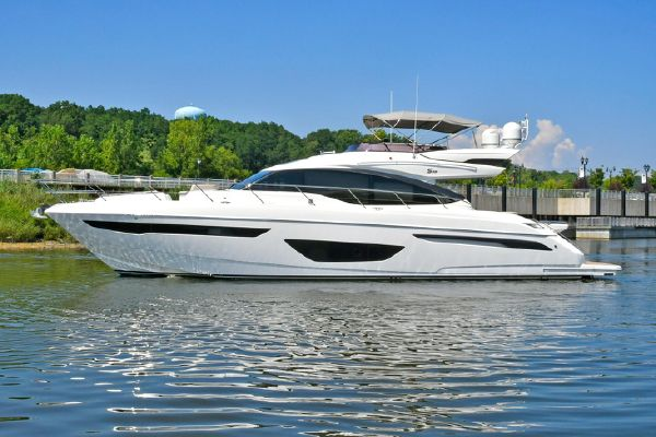 Princess S65 Sportbridge - main image