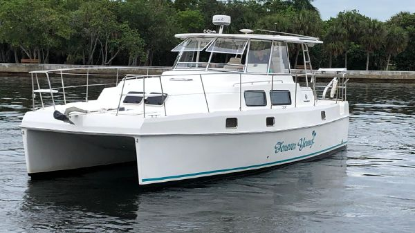 Endeavour Catamaran Trawlercat 36