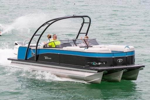 2020 Tahoe Pontoon Cascade Platinum Elite Windshield 25'