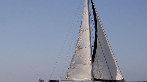 Les Chantiers Maritimes Via 52 Profile