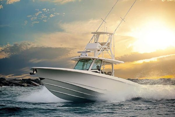 Boston Whaler 380 Outrage - main image