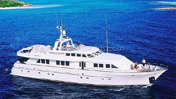 Farocean 29m At Sea