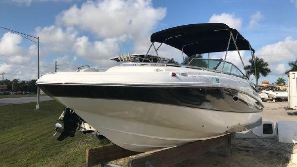 Hurricane SunDeck 2200 OB