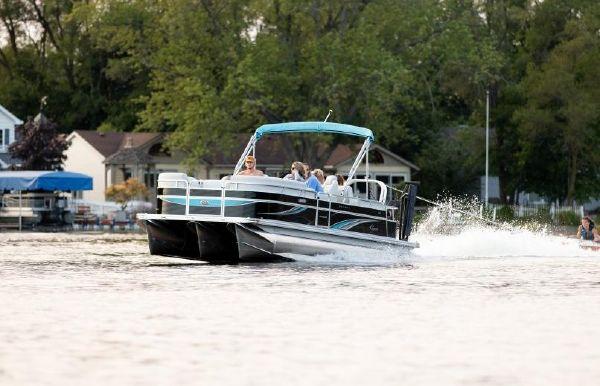 2021 Qwest LS 824 Splash Pad RW