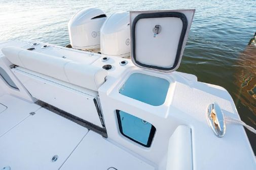 Sportsman Open 352 Center Console image