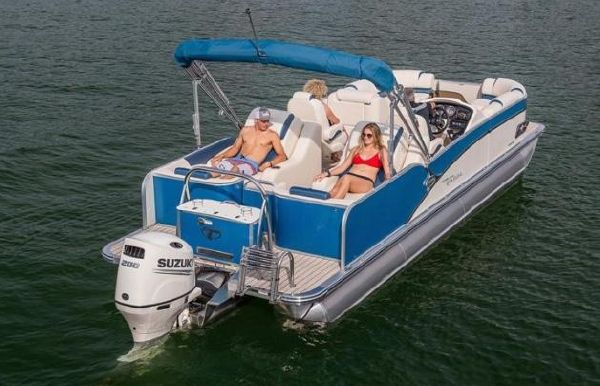 2021 Tahoe Pontoon Cascade Platinum Rear Lounger 25'