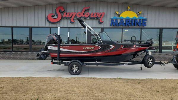 Lowe Fish & Ski FS1710