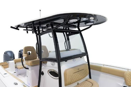 Sportsman Open 252 Center Console image