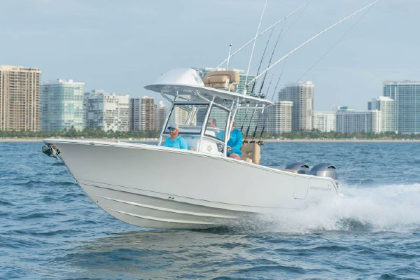 Sportsman Open 252 Center Console - main image
