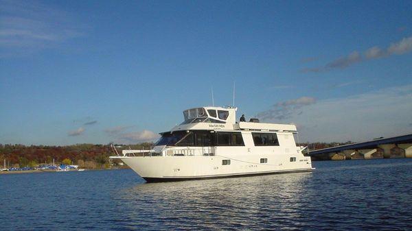 Skipperliner Motor Yacht