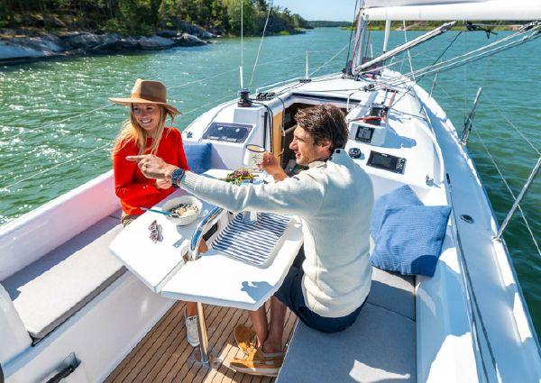 Beneteau America Oceanis 30.1 image
