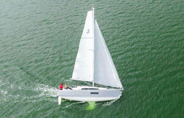 2021 Beneteau America Oceanis 30.1