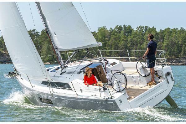 Beneteau America Oceanis 30.1 - main image