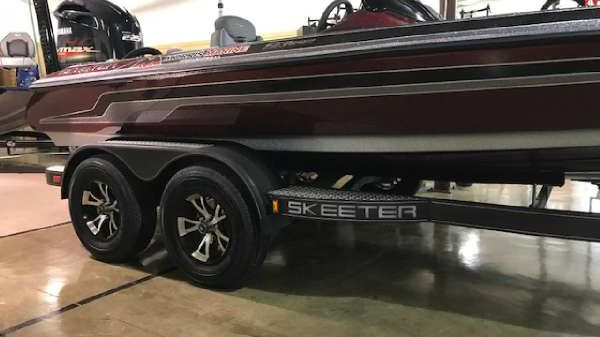 Skeeter ZX 225