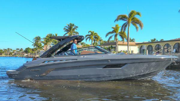 Cruisers 338 South Beach