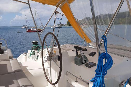 Lagoon 440 image