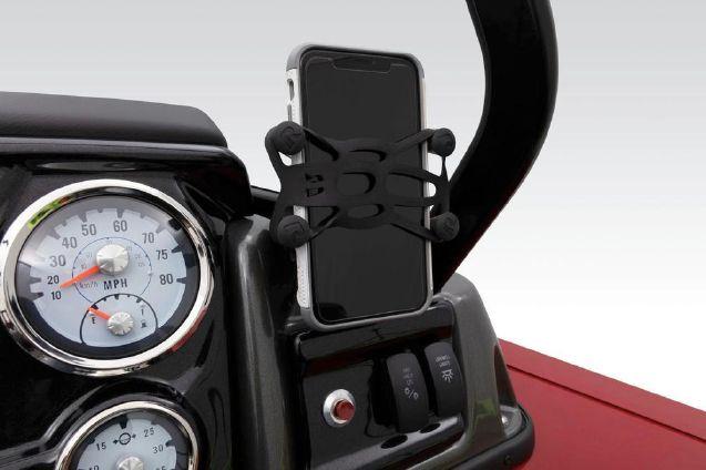 Tracker Targa V-19 Combo image