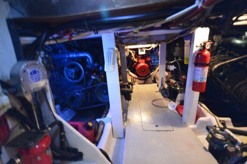 Bayliner 4550 Pilothouse MY image
