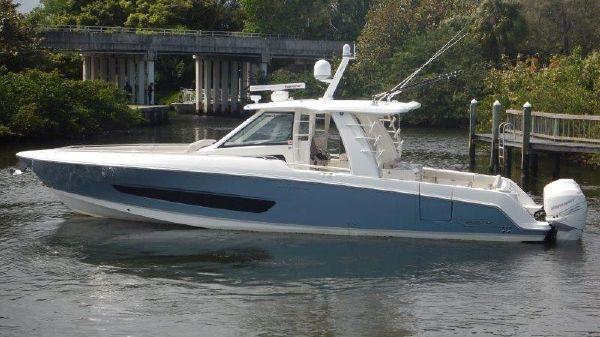 Boston Whaler 42 OUTRAGE