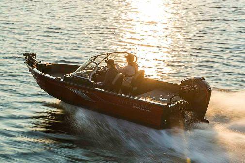 Crestliner 1750 Fish Hawk WT JS image