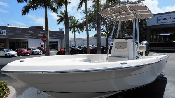 NauticStar 2400 Sport Bay Boat 2017 NauticStar 2400 Center Console Saltwater Fishing Bay Boat