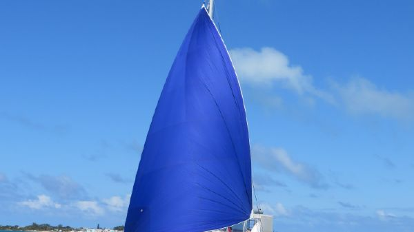 Royal Cape Catamaran Majestic 530