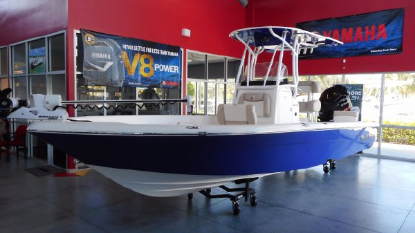 NauticStar 244 XTS Center Console 2017 NauticStar 244 XTS Center Console Saltwater Fishing Bay Boat