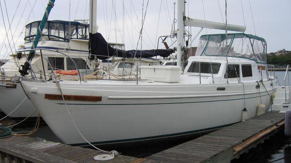 Columbia 45 New Life II Port