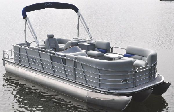 2017 Bentley Pontoons 220 Rear Lounger