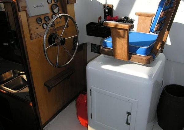 Oyster Bay Lobster Boat image