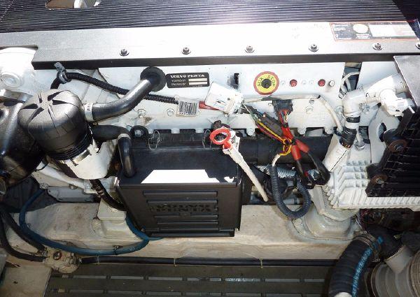 Hinckley Talaria 38R Convertible image