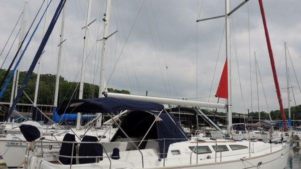 Jeanneau Sun Odyssey 40.3 Stb. Side