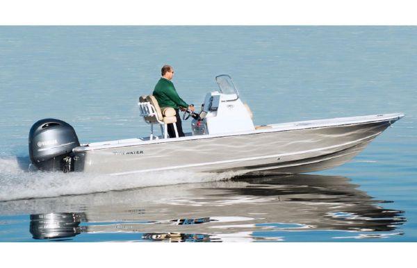 2017 Tidewater 2110 Bay Max