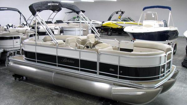 Berkshire 22 RFX CTS 2017 Berkshire 22 RFX CTS at Yachts to Sea