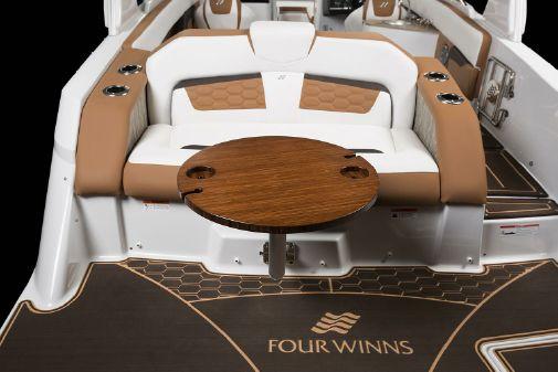 Four Winns HD270 Surf image