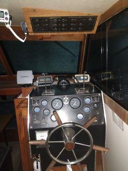 Marinette 28 Express image
