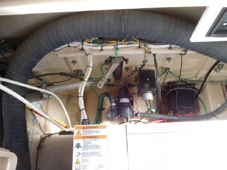 Ranger Tugs R-31 CB image