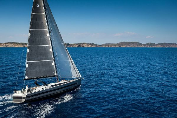 Beneteau Oceanis Yacht 62 - main image