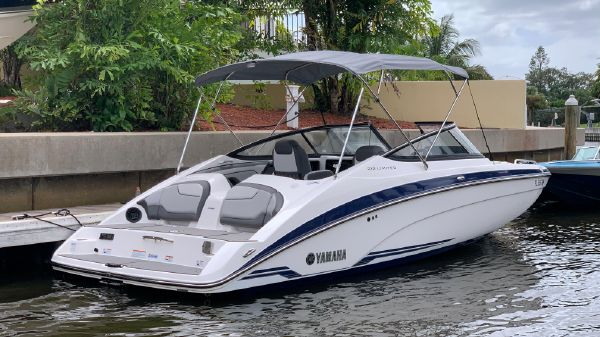 Yamaha Boats 212 S Limited