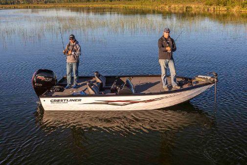 Crestliner 1750 Bass Hawk image