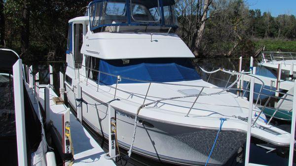 Carver 350 Aft Cabin