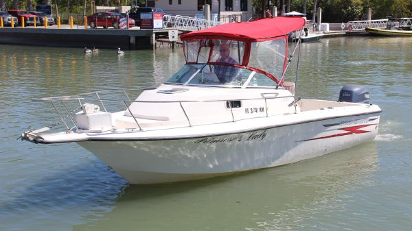 Hydra-Sports 230 WA with Yamaha F200 four stroke