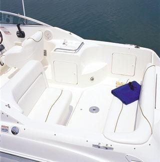 2002 Sea Ray 260 Sundancer Oakdale, New York - Oakdale Yacht